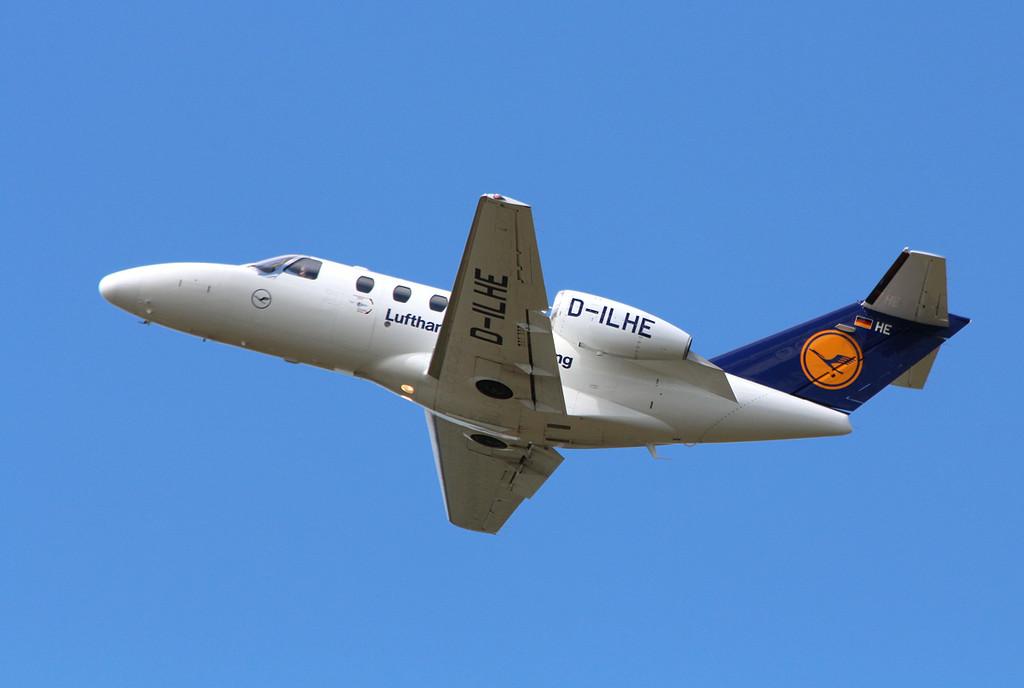 Lufthansa Flight Training Cessna 525 CitationJet CJ1+, D-ILHE.<br /> By Clive Featherstone.