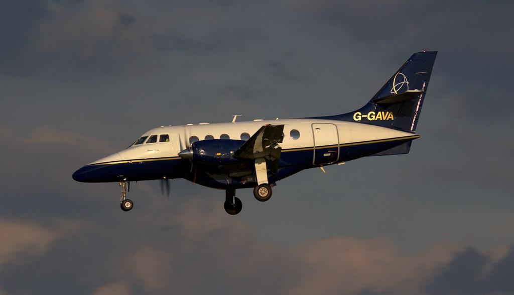 Linksair Jetstream 31 G-GAVA.<br /> By Jim Calow.