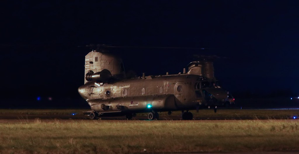 RAF Chinook ZA682 paid a visit this evening.<br /> By Jim Calow.