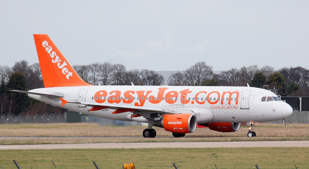 EasyJet A319, G-EZBU arrived yesterday evening on a Nice flight after diverting from Luton.<br /> By Jim Calow.