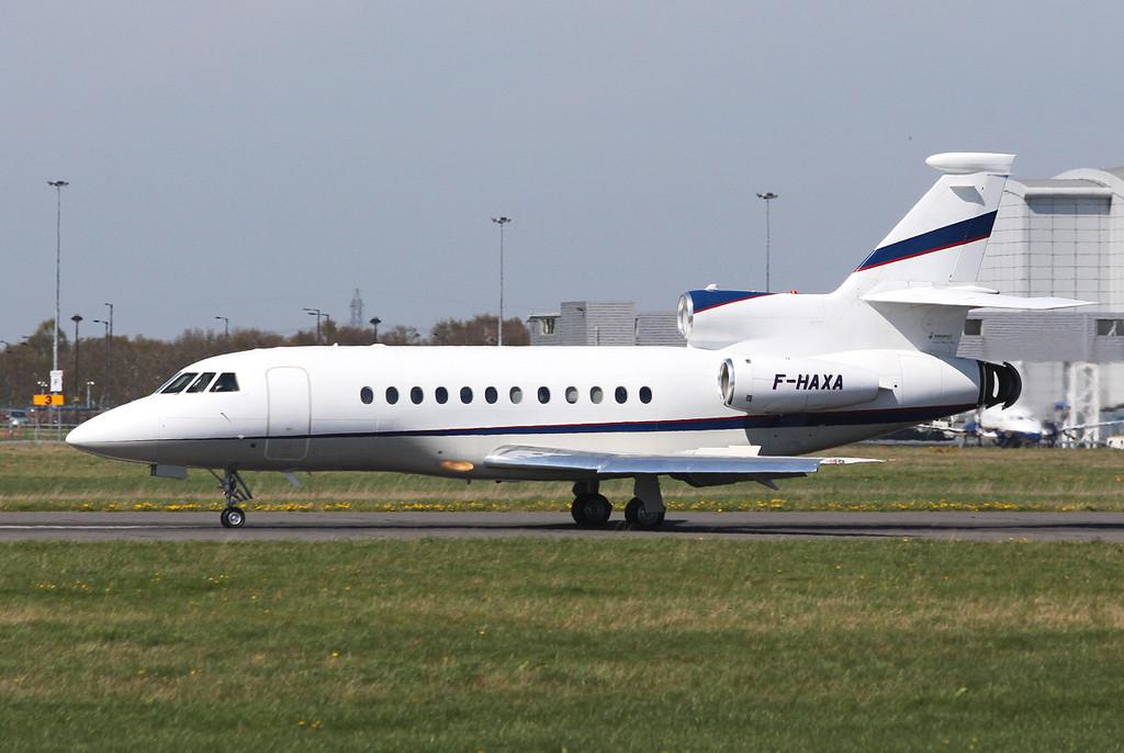 Dassault Falcon 900EX, F-HAXA <br /> By Clive Featherstone.