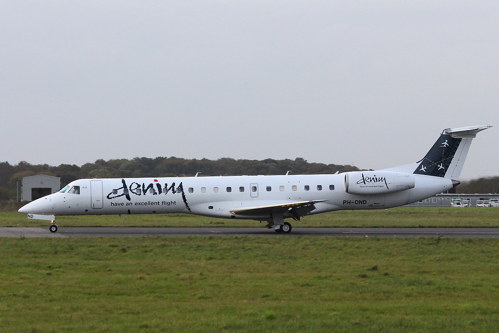 Denim Air, Embraer ERJ-145, PH-DND<br /> By Clive Featherstone.