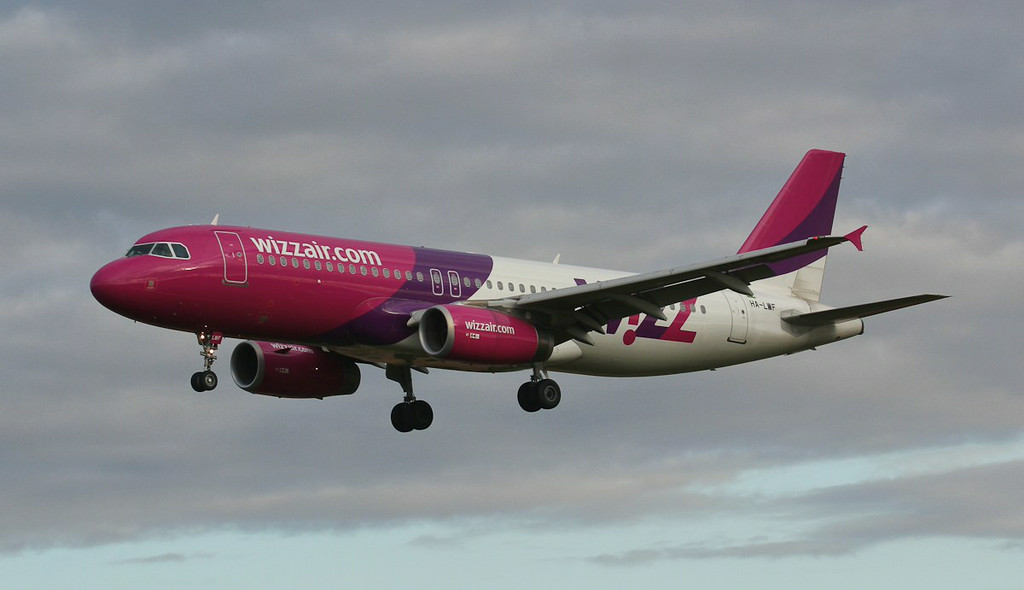 Wizz Air A320 HA-LWF.<br /> By Jim Calow.
