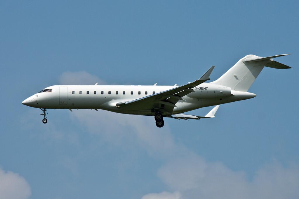 Hangar 8 Global Express, G-SENT arrived around 12:30pm<br /> By David Bladen.