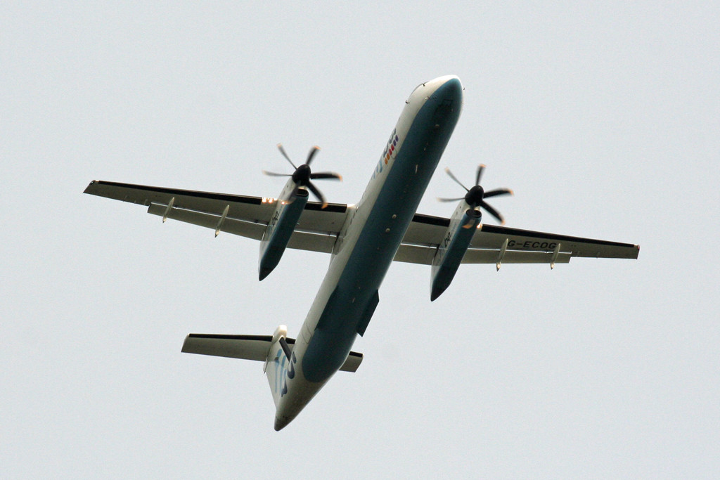 Flybe DHC-8-400 G-ECOG in the circuit for training.<br /> By Graham Vlacho.