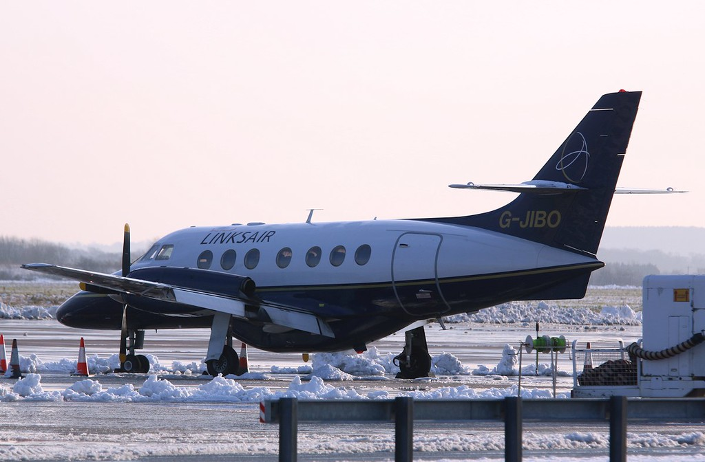 Links Air, BAe Jetstream 31, G-JIBO<br /> By Correne Calow.
