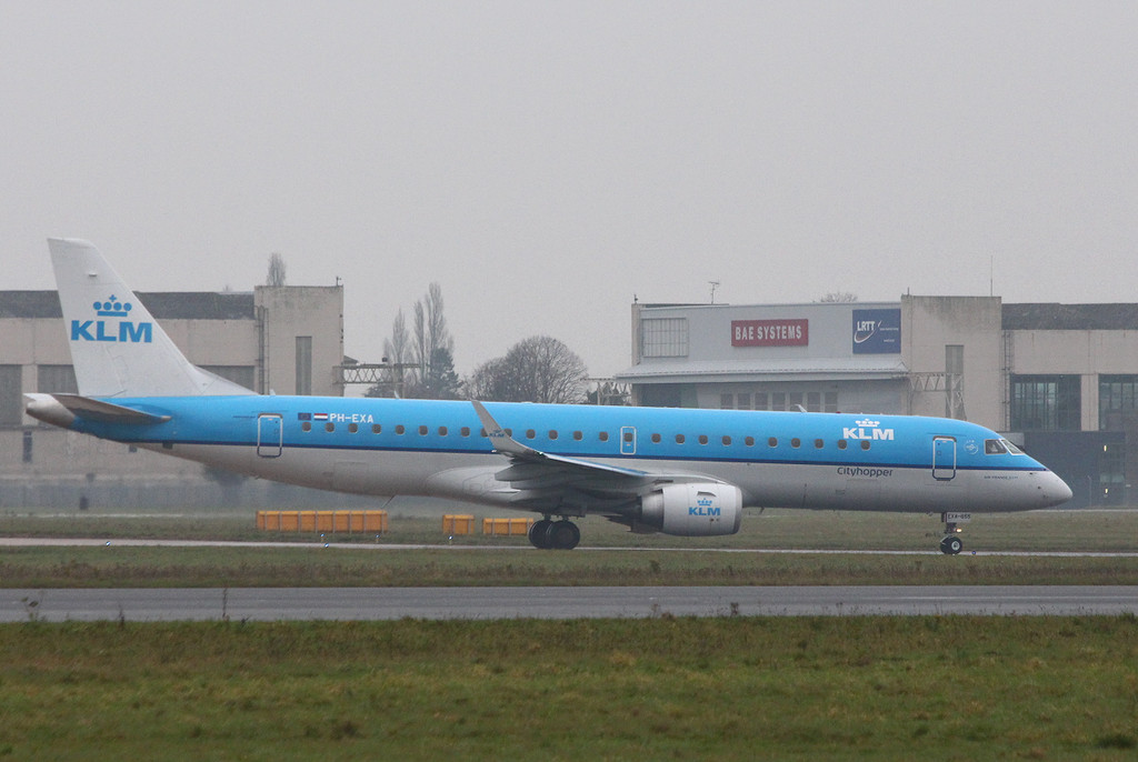 KLM, Embraer ERJ-190-100LR, PH-EXA.<br /> By Clive Featherstone.