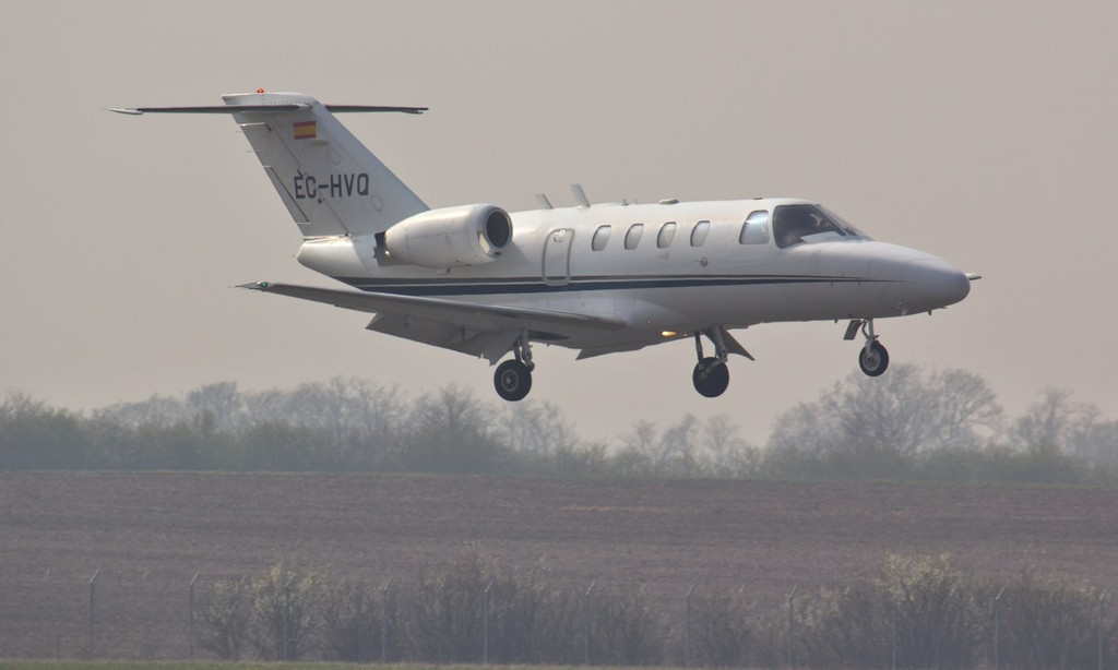 ...........Followed soon after by Cessna 525 CitationJet CJ1, EC-HVQ.<br /> By Jim Calow.