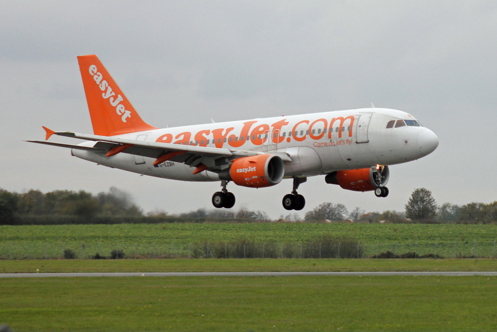 In the circuit for training was easyJet A319 G-EZBH.<br /> By Graham Vlacho.