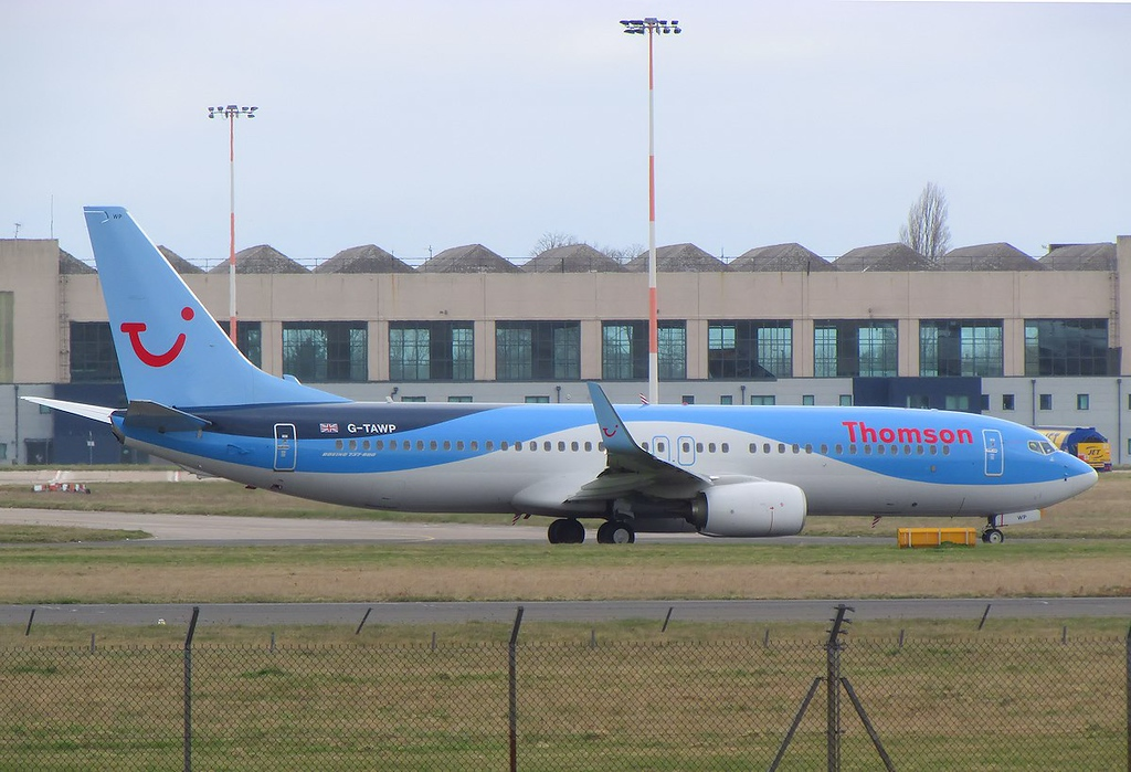 Thomson Airways 737-800, G-TAWP<br /> By Les York.