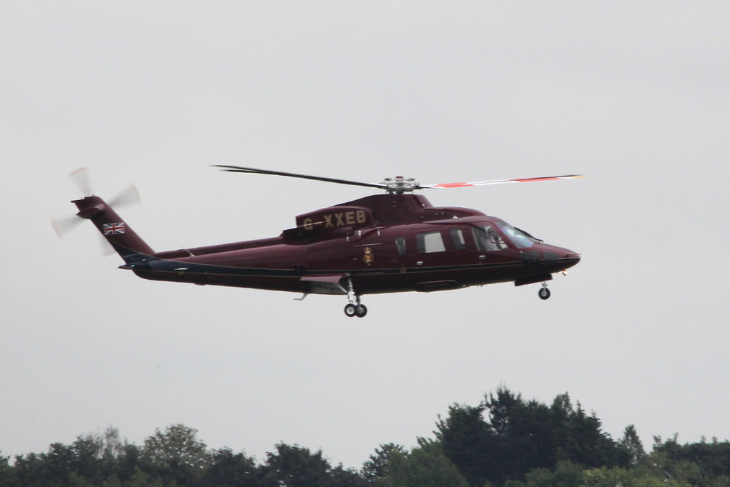 Royal Flight Sikorsky S-76, G-XXEB<br /> By Clive Featherstone.