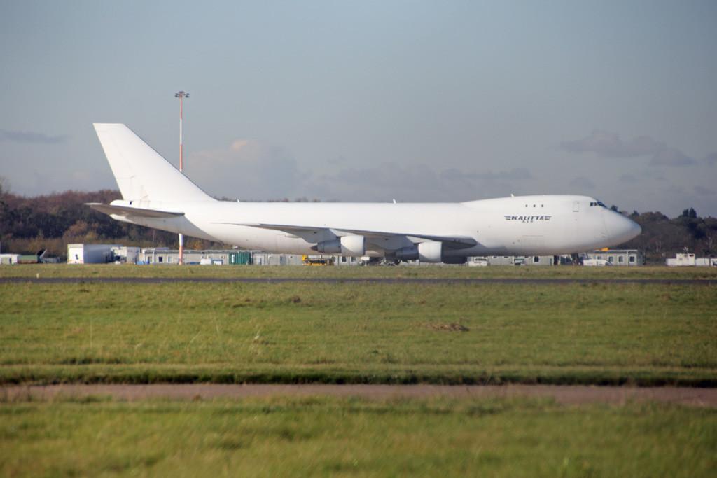 Kalitta Air Boeing 747-246F(SCD), N746CK<br /> By Graham Vlacho.