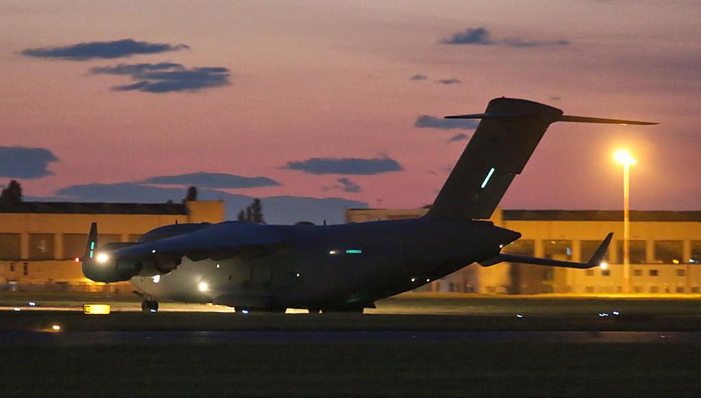 RAF C-17A ZZ172<br /> By Jim Calow.
