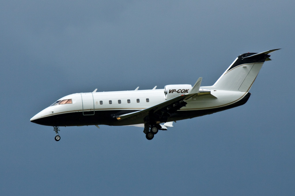 CL-600-2B16 Challenger VP-COK arrives for training.<br /> By David Bladen.