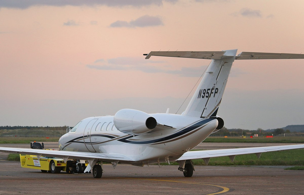 Cessna 525C CitationJet CJ4, N95FP.<br /> By Correne Calow.