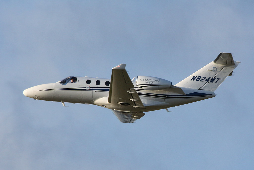 Cessna 525 Citation M2, N824MT.<br /> By Clive Featherstone.