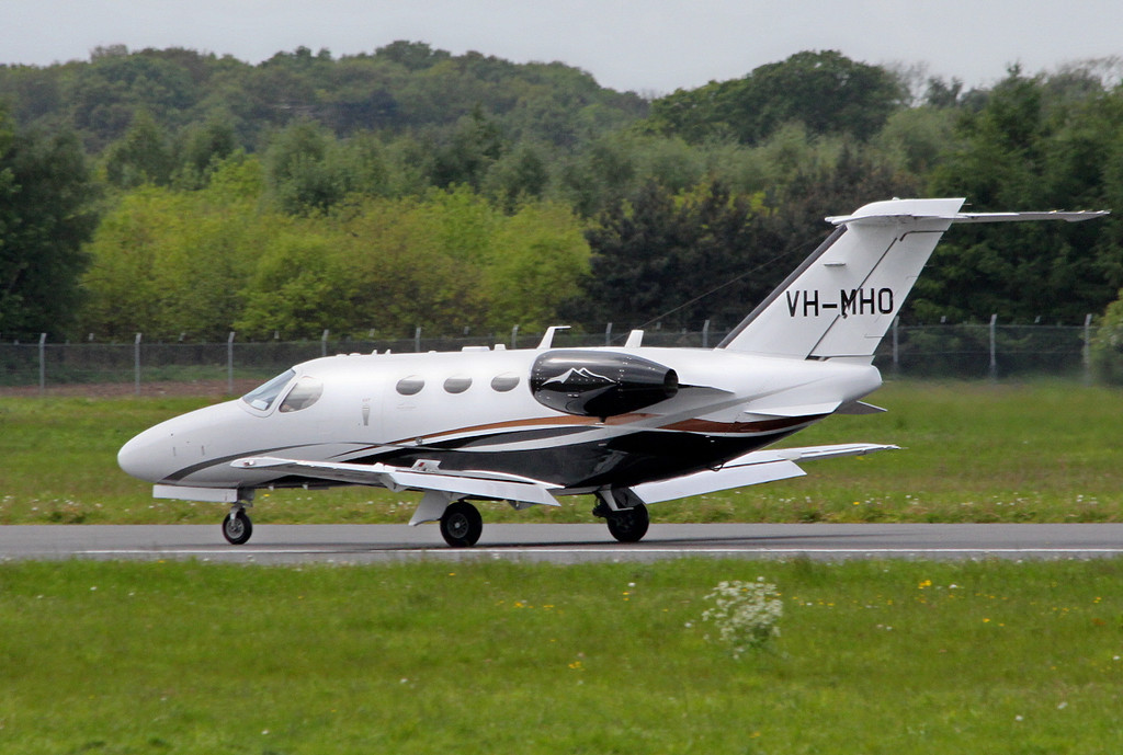 Cessna 510 Mustang, VH-MHO<br /> By Clive Featherstone.