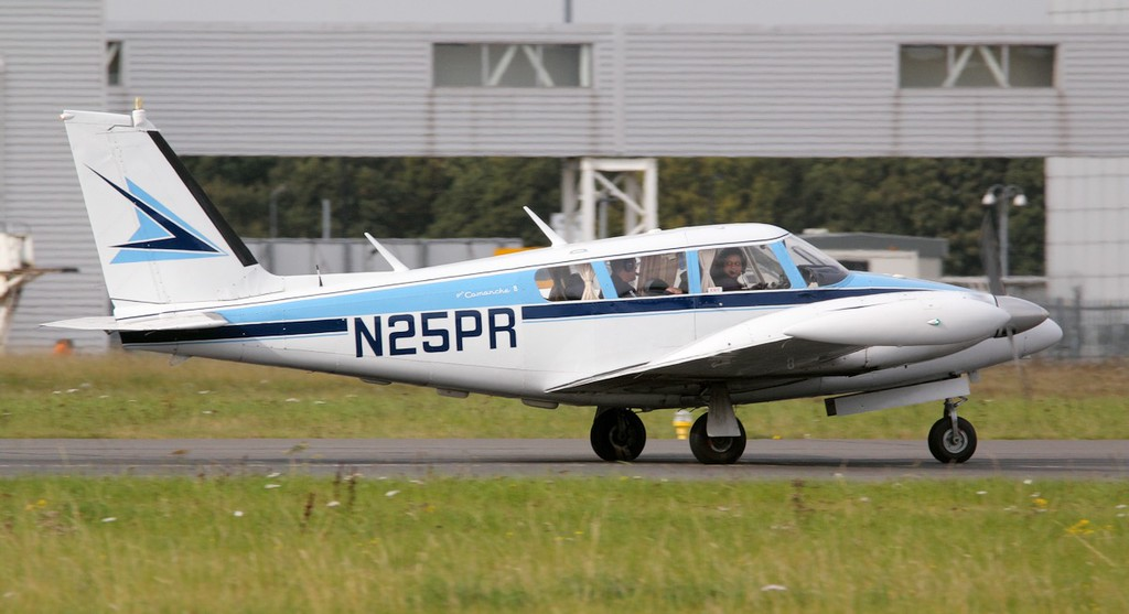 Piper PA-30 Twin Comanche, N25PR<br /> By Jim Calow.