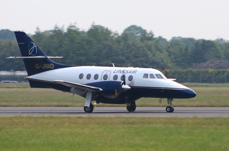 Linksair Jetstream 31 G-JIBO.<br /> By Clive Featherstone.