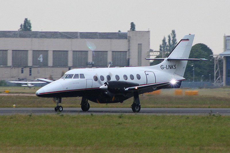 Linksair Jetstream 31 G-LNKS.<br /> By Clive Featherstone.