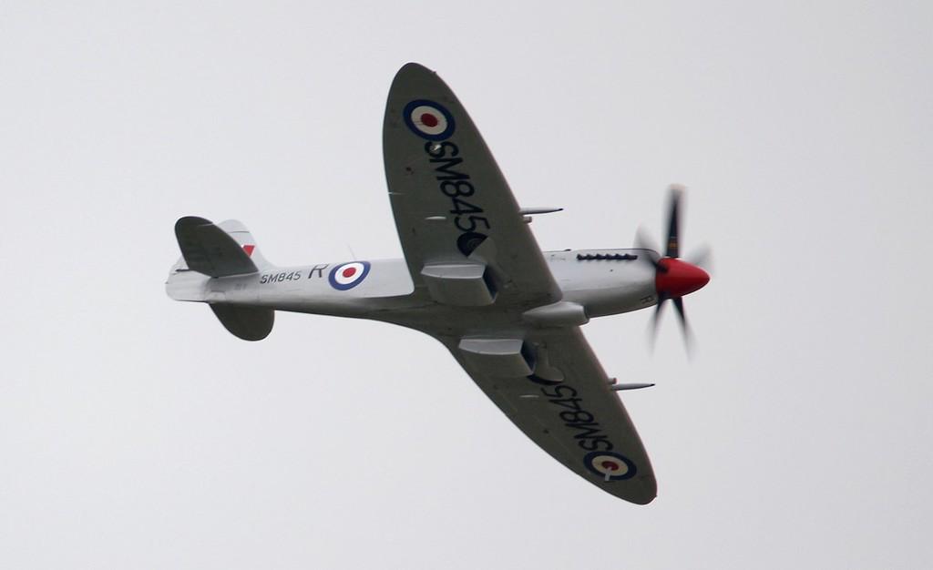 Spitfire Mk FR XVIIIe SM845 (G-BUOS).<br /> By Jim Calow.