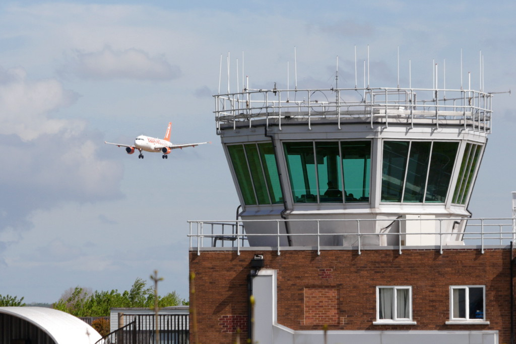 EasyJet, A319, G-EZED<br /> By Clive Featherstone.
