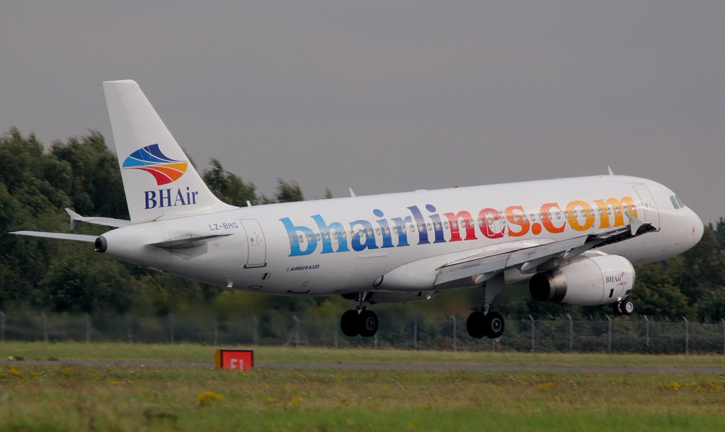 Balkan Holidays Airlines, A320, LZ-BHG<br /> By Jim Calow.