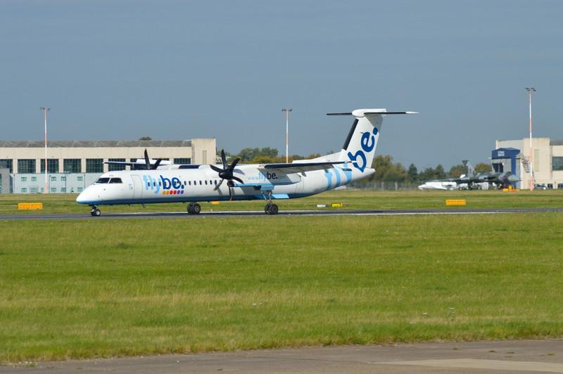 Flybe DHC-8-400 G-ECOG.<br /> By Kev Barwell