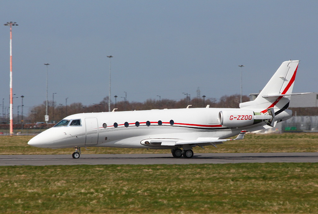 Pendley Aviation, Gufstream G200, G-ZZOO.<br /> By Clive Featherstone.