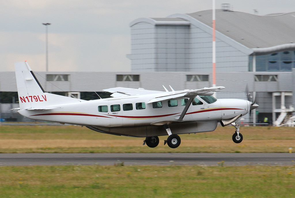 Cessna Caravan 208B, N179LV.<br /> By Clive Featherstone.