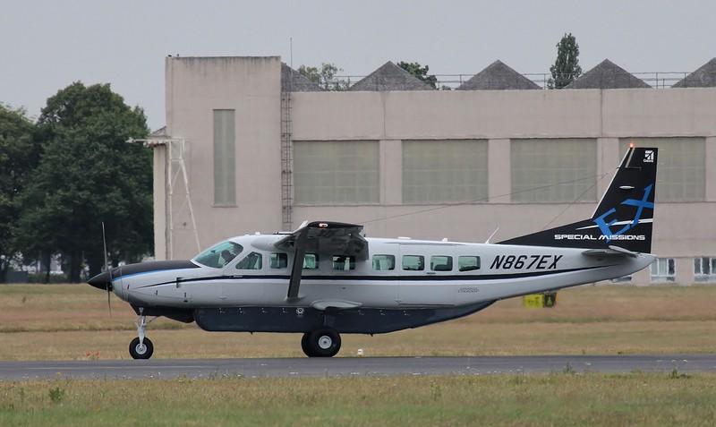 Cessna 208B Grand Caravan, N867EX<br /> By Steve Roper.