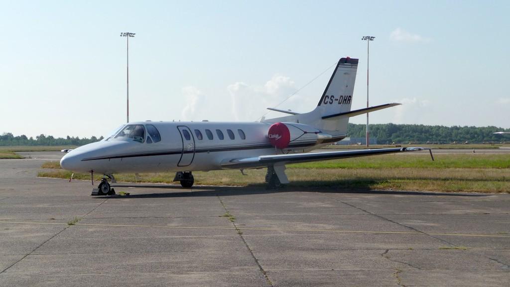 Netjets Cessna 550B Citation Bravo CS-DHR.<br /> By Correne Calow.