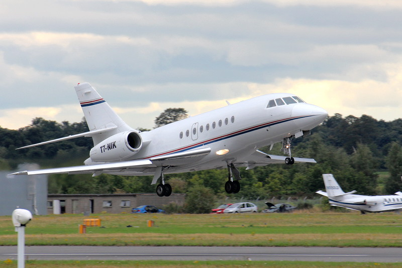 Falcon 2000, T7-NIK<br /> By Clive Featherstone.