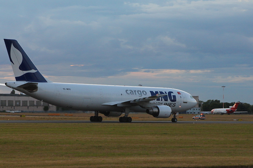 MNG Airlines A300-622R(F), TC-MCC.<br /> By Clive Featherstone.