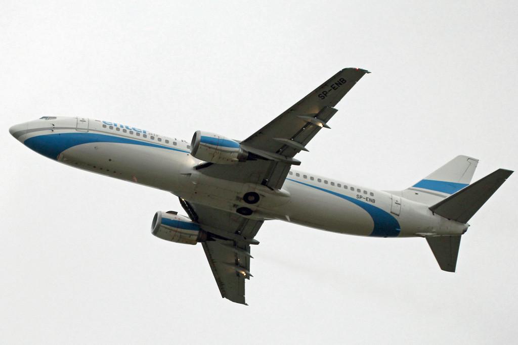 Enter Air 737-400 SP-ENB <br /> By Graham Vlacho.