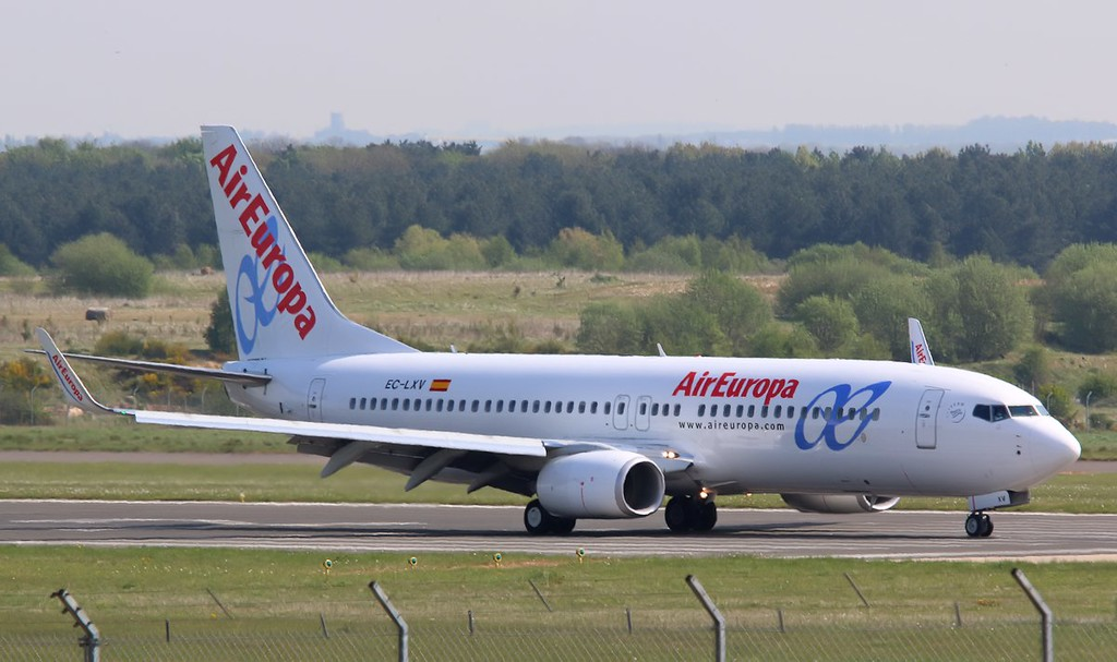 Air Europa, 737-800, EC-LXV<br /> By Correne Calow.