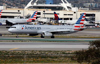 N146AA AMERICAN A321