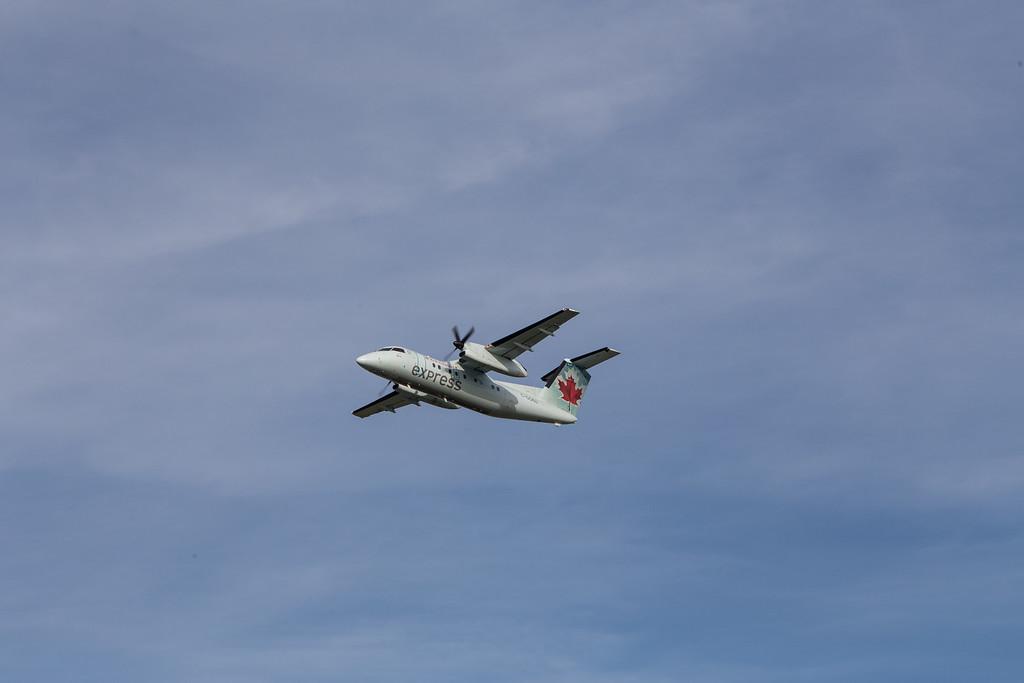 Air Canada Dash 8