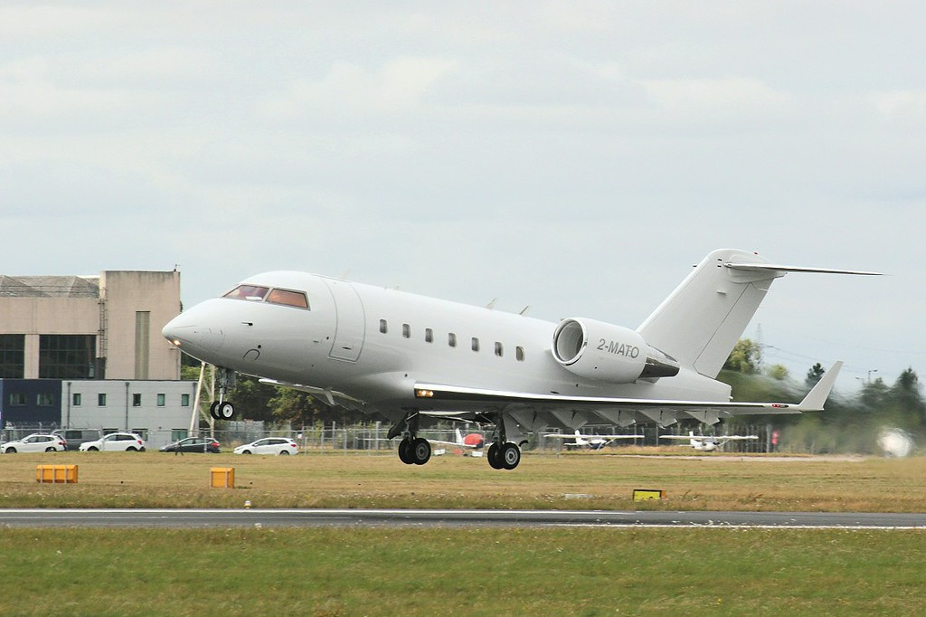 Volare Aviation, CL-600-2B16 Challenger 601-3A, 2-MATO<br /> By Clive Featherstone.