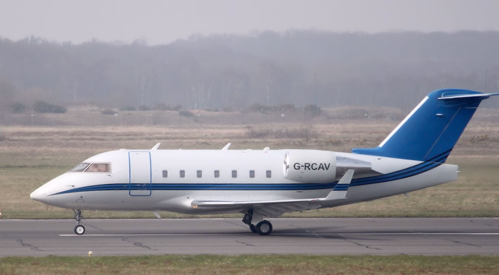 Gama Aviation, CL-600-2B16 Challenger 604, G-RCAV arrived from Newcastle for training.<br /> By Graham Miller.