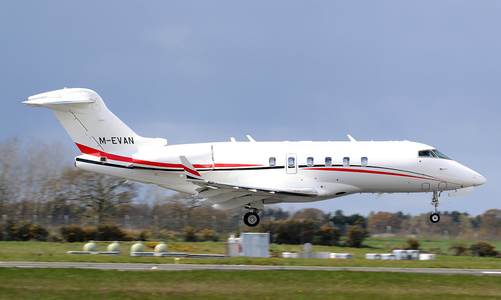 Marcus Evans Aviation, Bombardier BD-100-1A10 Challenger 300, M-EVAN<br /> By Correne Calow.