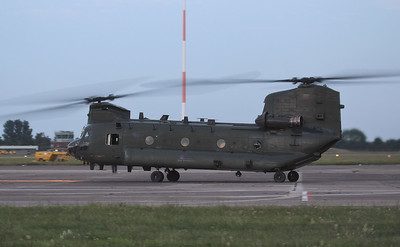 RAF Chinook HC.4 ZA710 arrived at 21:35 and departed around 30mins later. By Jim Calow.