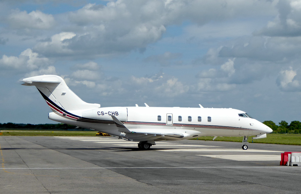 NetJets Europe Bombardier BD-100-1A10 Challenger 350, CS-CHB<br /> By Correne Calow.