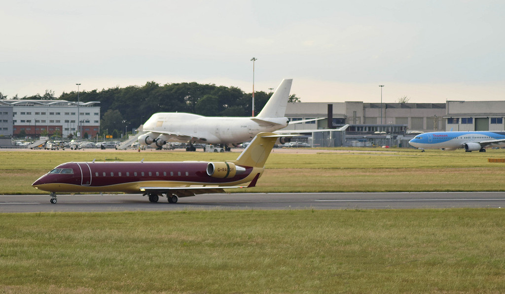 TAG Aviation, Challenger 850, G-RADY<br /> By Callum Devine.