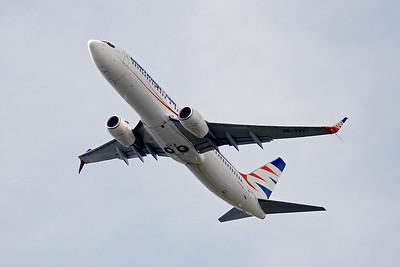 SmartWings 737-800 OK-TVV. By Graham Vlacho.