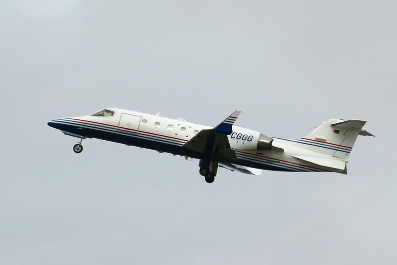 GAS Air Services Learjet 31A, D-CGGG<br /> By Clive Featherstone.