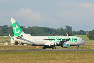 Transavia, 737-800, PH-HZE By Clive Featherstone.