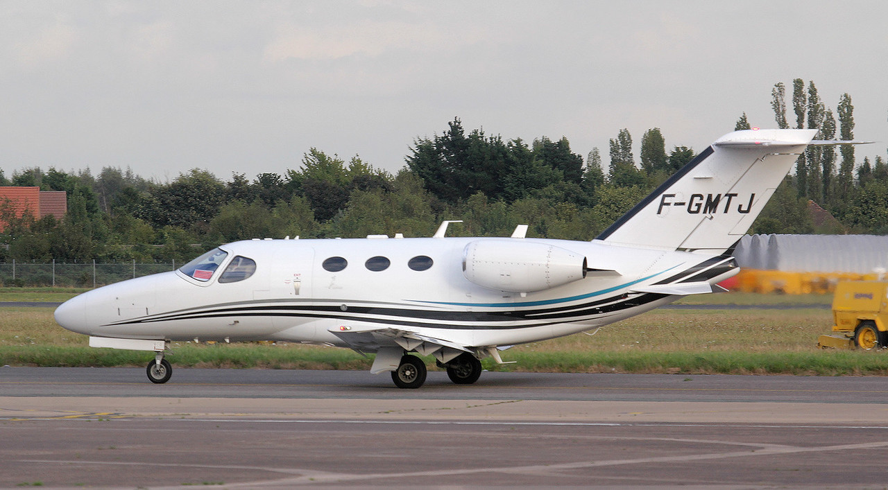 AstonJet  Cessna 510 Citation Mustang F-GMTJ.<br /> By Jim Calow.