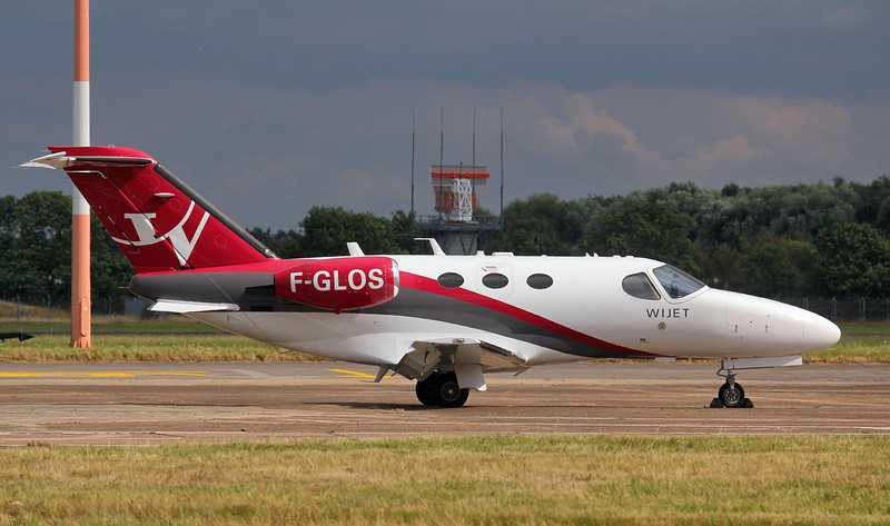 Wijet Cessna 510 Citation Mustang F-GLOS.<br /> By Jim Calow.