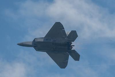 F-22 Raptor high speed pass